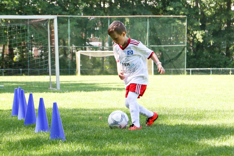 hsv_fussballschule-090_48048029692_o.jpg