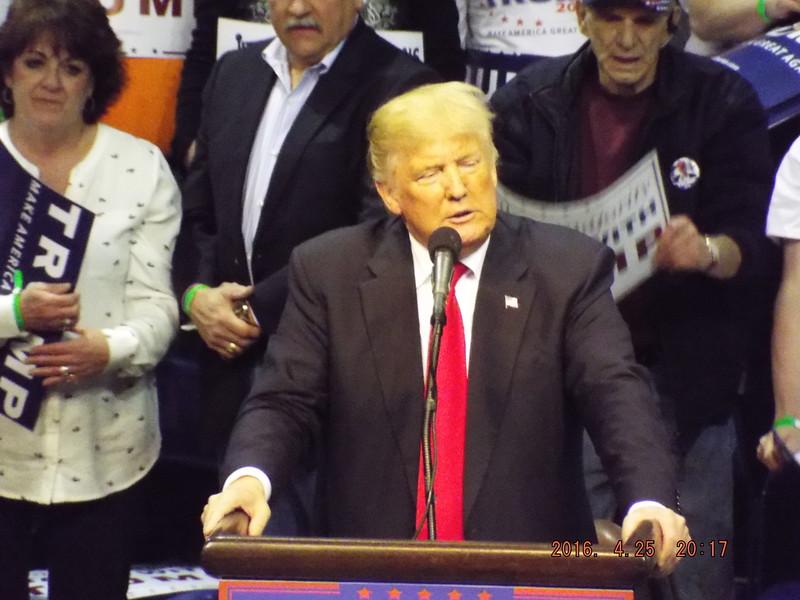 Trump 2016 Wilkes-Barre Pa. 4-25-16