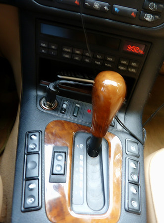 1998 328i BMW white