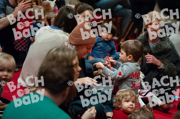 ©Bach to Baby 2019_Laura Woodrow_Islington - Barnsbury_2019-13-12_ 8.jpg