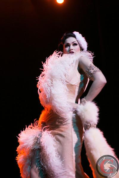 burlesque day2 edits (260 of 123).jpg