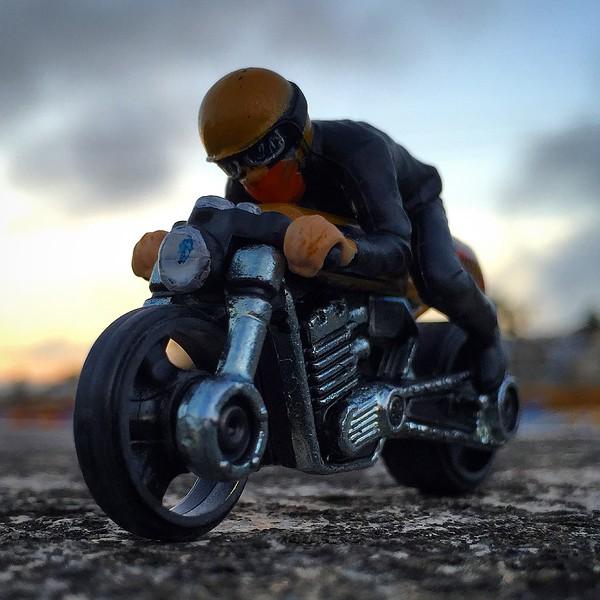 Cafe_Racer_jerrybusiness.JPG