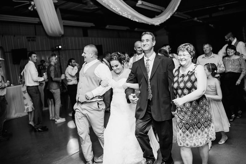 Wheeles Wedding  8.5.2017 02679.jpg