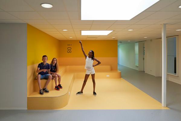 College Nuenen.RoosRos architecten