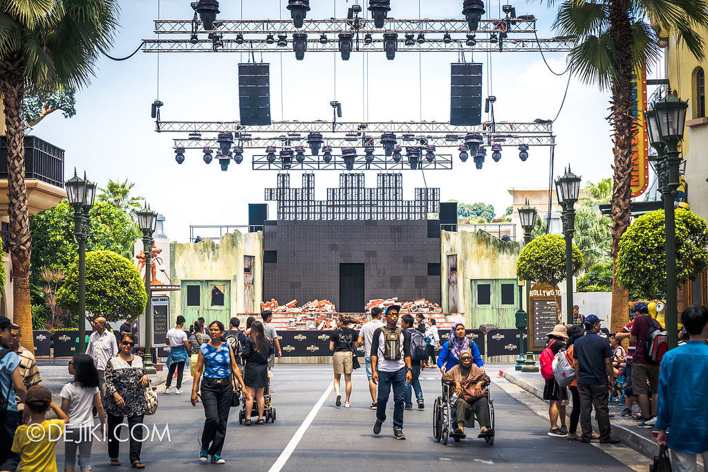 Universal Studios Singapore Halloween Horror Nights 8 construction update / Hollywood stage overview