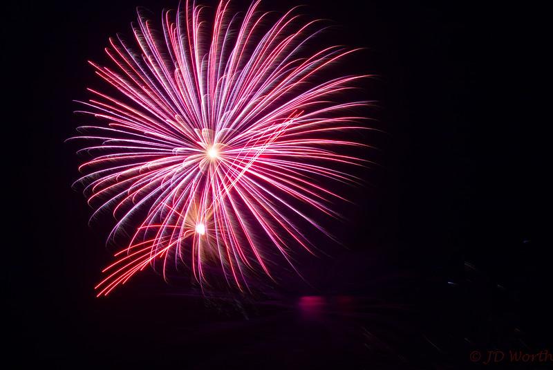 0705-0719 LOW Fireworks -Peppermint Urchin Duo-5376.jpg