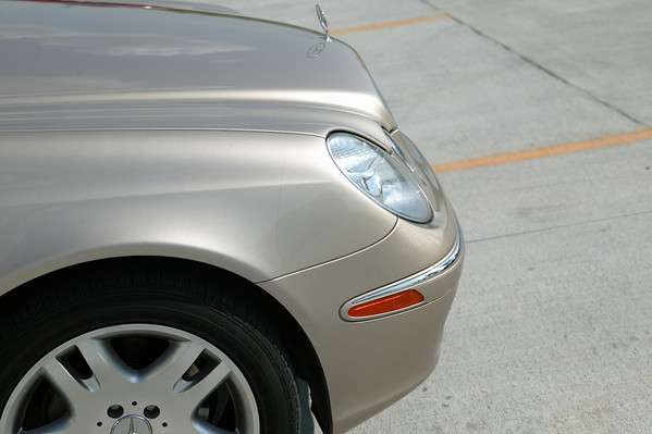 08 Mercedes Benz E500