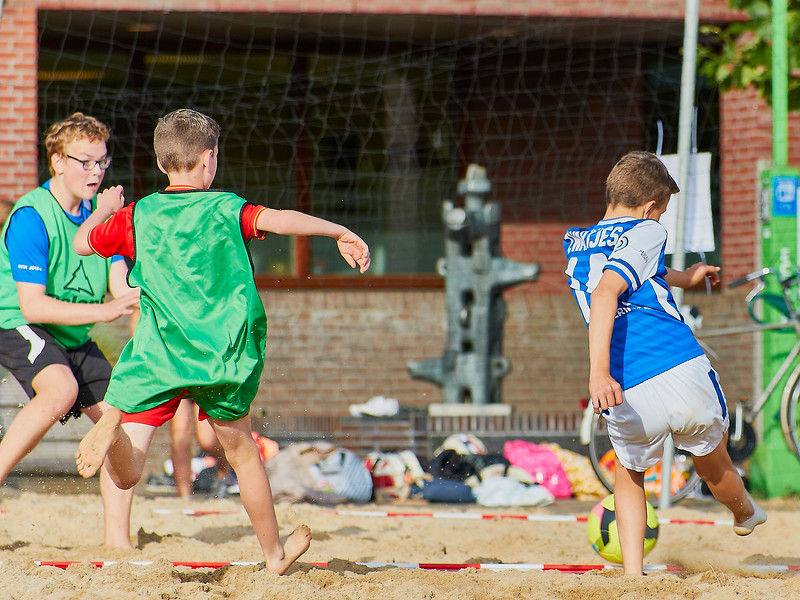 20170616 BHT 2017 Beachhockey & Beachvoetbal img 140.jpg