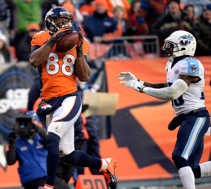 . Denver Broncos wide receiver Demaryius Thomas (88) scores a touchdown in the third quarter.   (Photo by Hyoung Chang/The Denver Post)