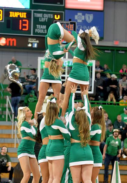 cheerleaders0505.jpg