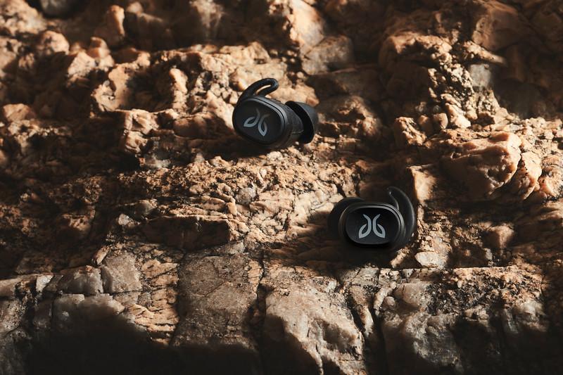 Earbuds 011.jpg