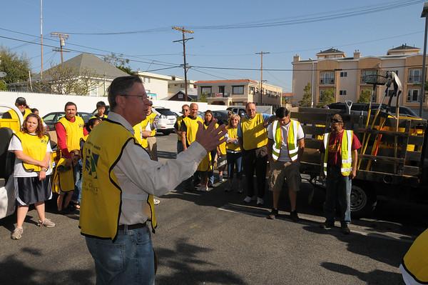 Mormon Helping Hands San Pedro 4-11