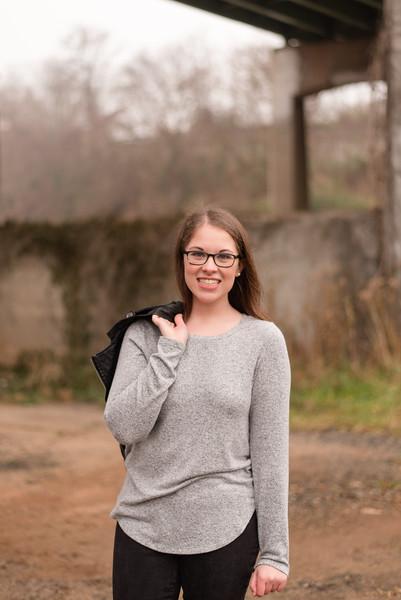 Claire-Senior2018-0108.jpg