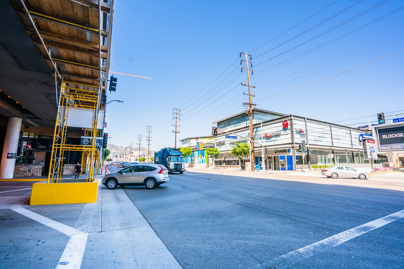 21_la_cienega_boulevard_alignment_027.jpg