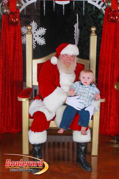 Santa 12-10-16-189.jpg