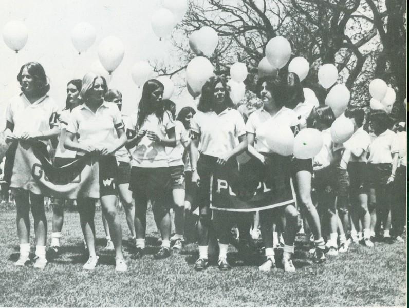 1975 Field Day.jpg