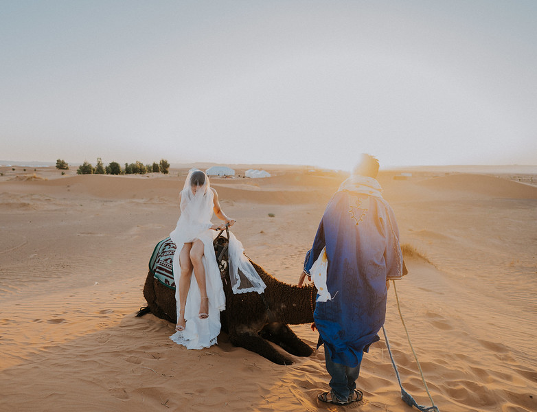 Tu-Nguyen-Destination-Wedding-Photographer-Morocco-Videographer-Sahara-Elopement-459.jpg
