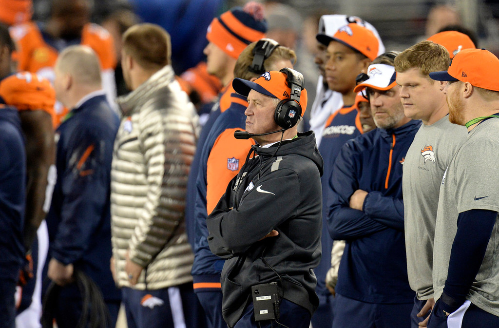 . Denver Broncos head coach John Fox on the sideline at the start of the game.  The Denver Broncos vs the Seattle Seahawks in Super Bowl XLVIII at MetLife Stadium in East Rutherford, New Jersey Sunday, February 2, 2014. (Photo by Hyoung Chang//The Denver Post)