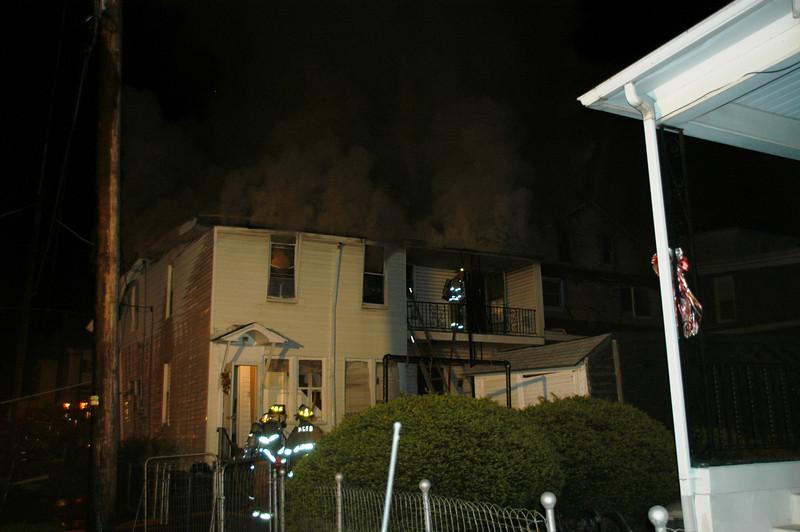 MOUNT CARMEL HOUSE FIRE 5-2-2010 006.JPG
