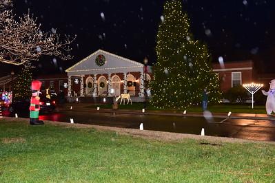 2020-12-4 LAW TWP CHRISTMAS LIGHT