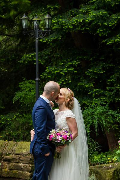 Lizzie & Julian-110616-0413.jpg