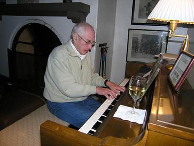 Bistro Piano Bar