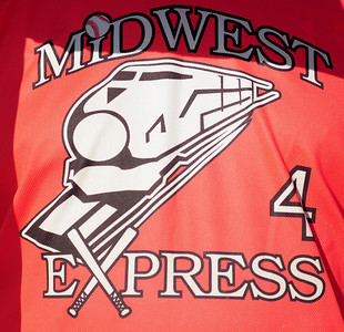Midwest Express vs Rush Trucking