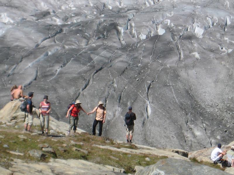 glacier_people.jpg