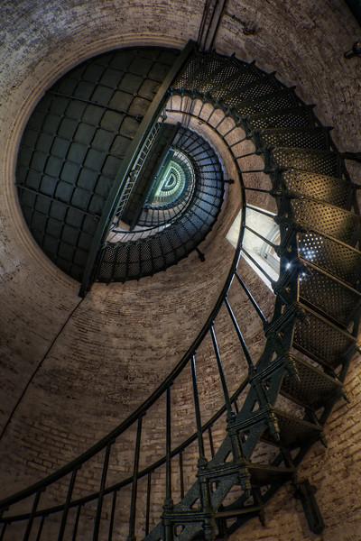 Staircase_tonemapped.jpg
