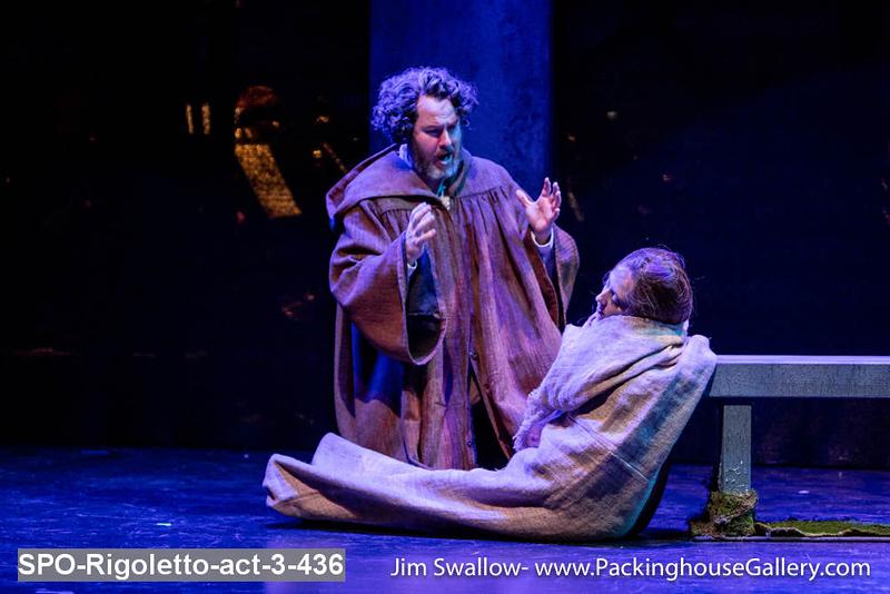 SPO-Rigoletto-act-3-436.jpg