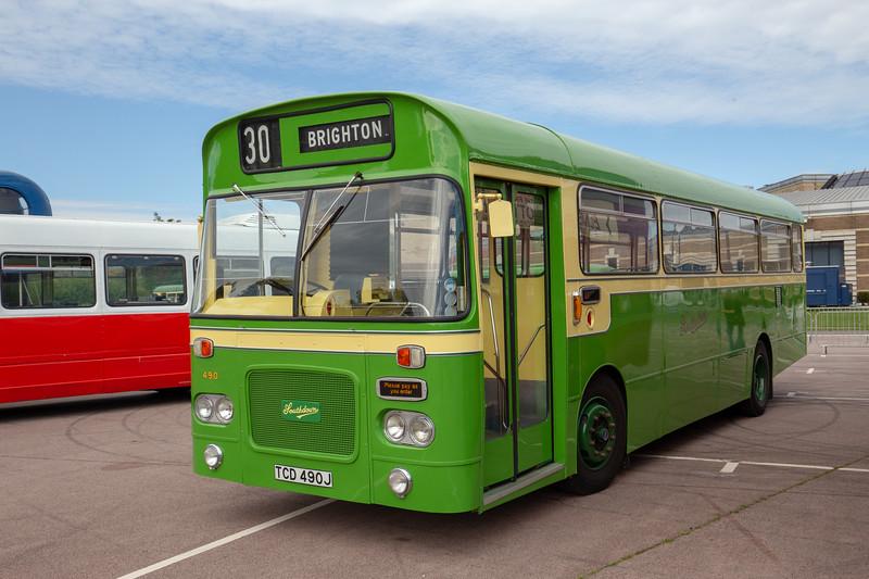 TCD490J