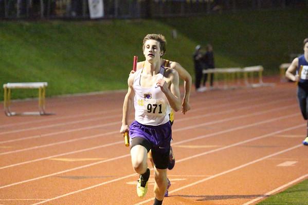 2013-04-20 Boys 4x400 at Bellevue Invitational