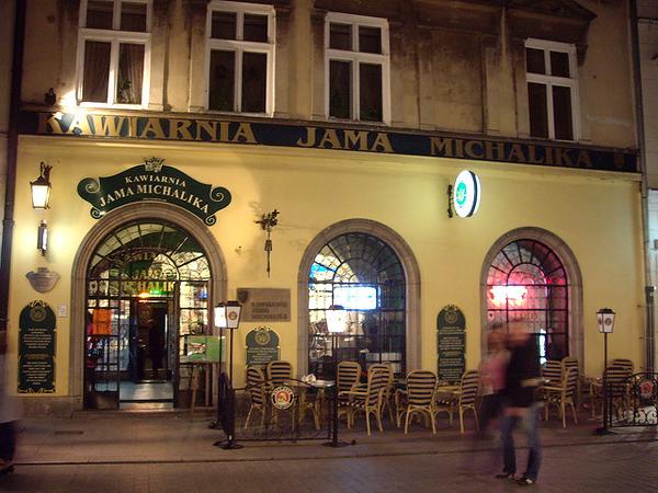 Kawiarnia – Jama Michalika restaurant, Kraków. Photo credit: Pablo Nicolás Taibi Cicare
