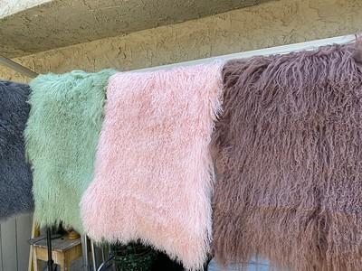 カールな高級感溢れる・フラフィの羊毛 fluffy fur