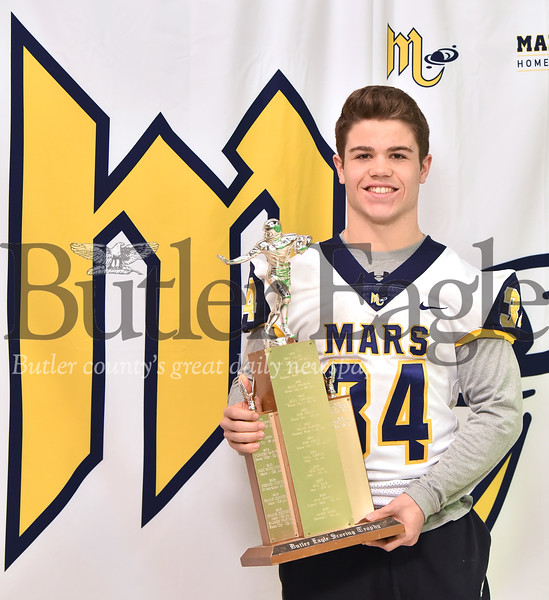 23819 Mars' Garrett Reinke won the 2018 Butler Eagle Scoring Trophy