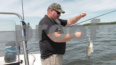 fishing-guide-goes-a-different-direction-on-lake-fork