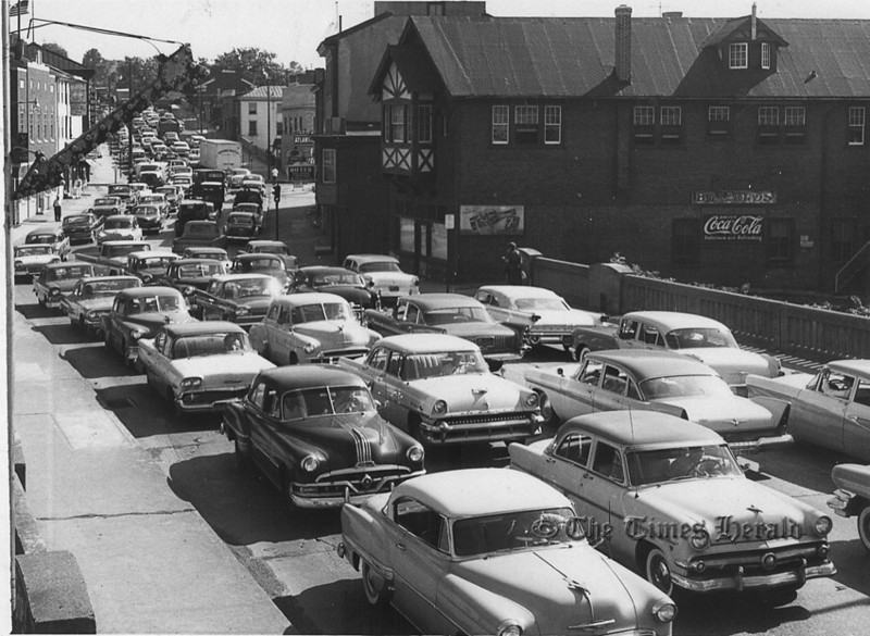 . This undated Times Herald file photo shows traffic in Bridgeport.