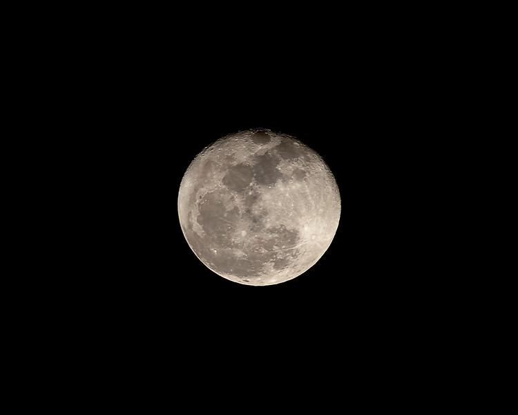 Moon Mar 20 2011.jpg