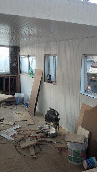 2013-06-21 House Boat Construction