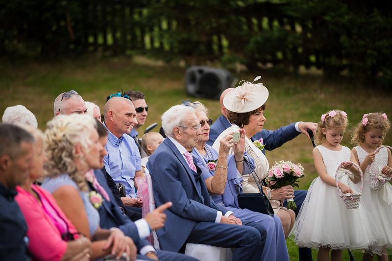 bensavellphotography_wedding_photos_scully_three_lakes (180 of 354).jpg
