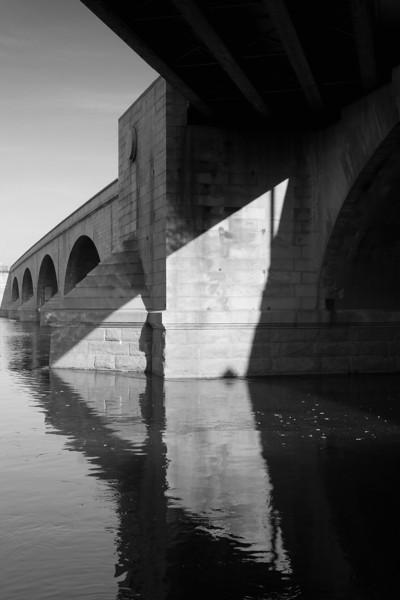 Under_The_Bridge.jpg