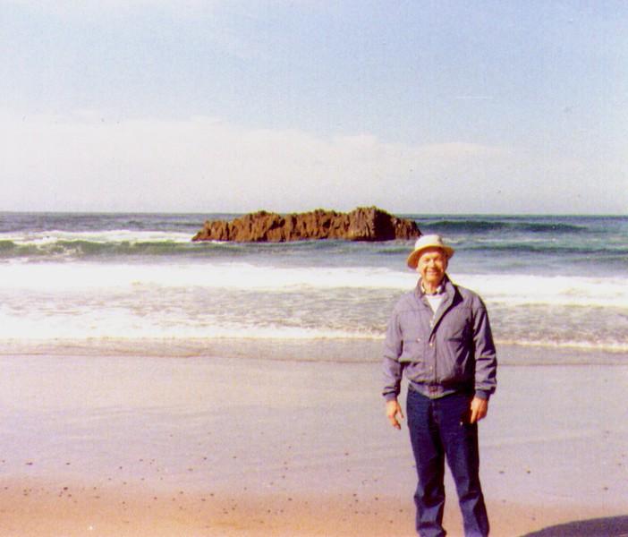 Wayne, Oregon Coast Beach, 1991, -1.jpg