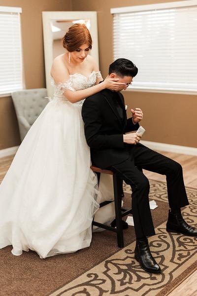 Alexandria Vail Photography Wedgewood Fresno Wedding Alexis   Dezmen281.jpg