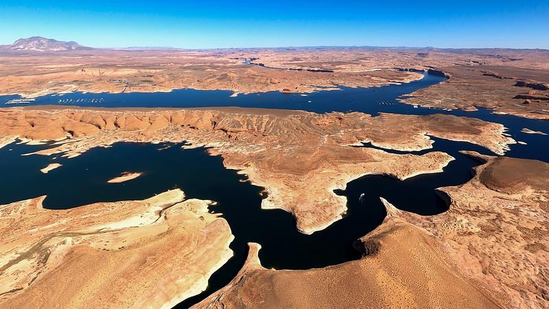 colorado-river-lake-powell-lighthawk-gopro8-card2-167.jpg