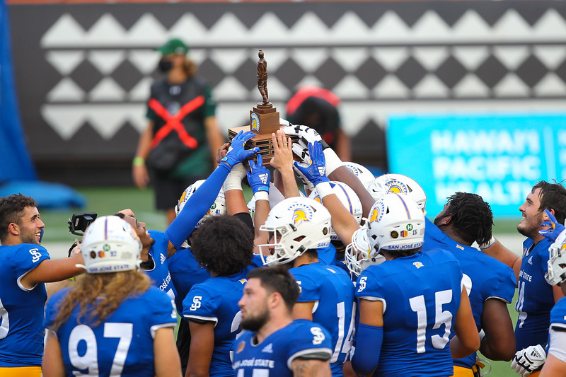 San Jose State Remains Unbeaten After 35-24 Victory Over Hawaii