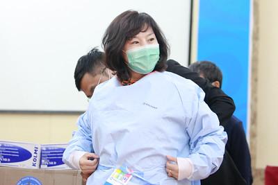 ДЭМБ-аас ЭМЯ-нд  эмнэлэгийн тоног төхөөрөмж гардууллаа