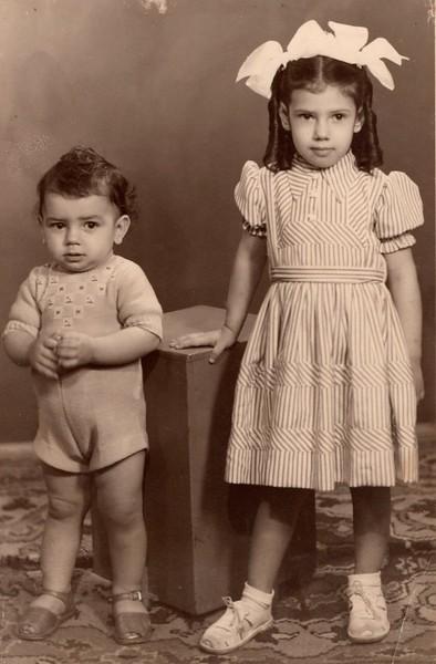 1949 - Manos Figueiredo Antunes