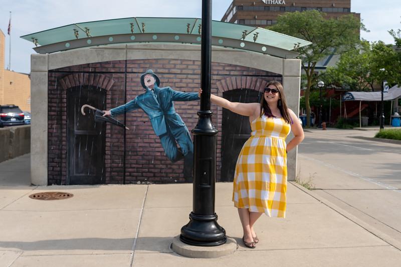 Singing in the Rain mural in Ann Arbor