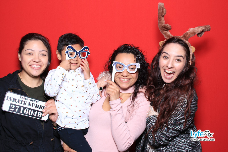 eastern-2018-holiday-party-sterling-virginia-photo-booth-0229.jpg