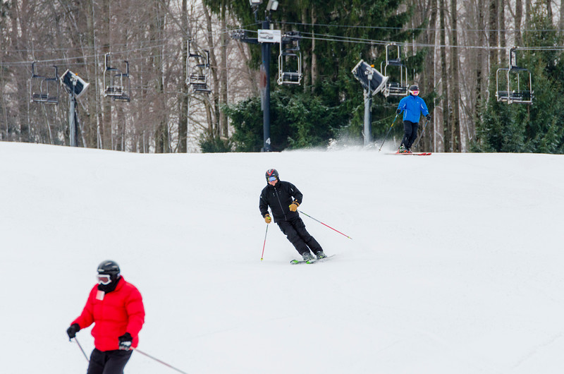 Opening-Day-Slopes-2014_Snow-Trails-70913.jpg